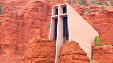 Chapel-Of-The-Holy-Cross-61006