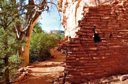 Honanki_Ruins_near_Sedona_(4106778293)