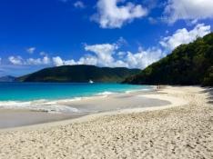 Cinnamon-Bay-Beach-St.-John-USVI-Minimalist-Travel